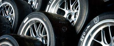 rubber tire with aluminum wheel
